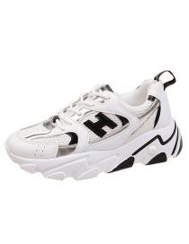 Zapatos Viejos Con Plataforma Y Malla Con Cordones