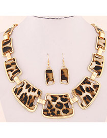 Concise Leopard Color Geometrical Shape Decorated Simple Design