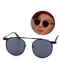 Fashion gray Round Shape Frame Decorated Simple Design